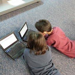 Cómo conseguir que los niños usen las tablets de forma segura estas Navidades