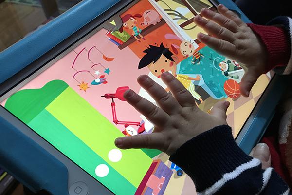 Preocupante aumento del abuso de las pantallas en las primeras edades