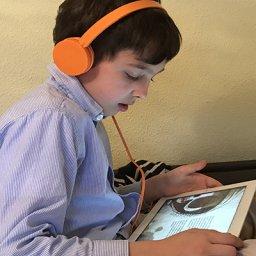 Audiolibros para desarrollar habilidades básicas de comunicación