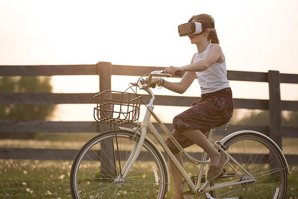 Formatos digitales para expandir experiencias de lectura analógicas
