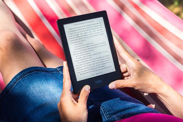Efectos de la práctica de la lectura digital en los lectores frecuentes