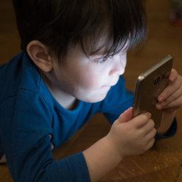 Casi todas las apps para usuarios menores de 5 años contienen anuncios