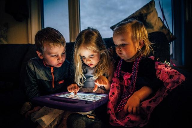 DigiLitEy: proyecto de investigación de la alfabetización digital de 0 a 8