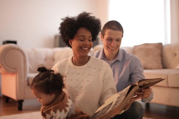 Lecturas familiares para evitar el estrés del confinamiento por el COVID-19