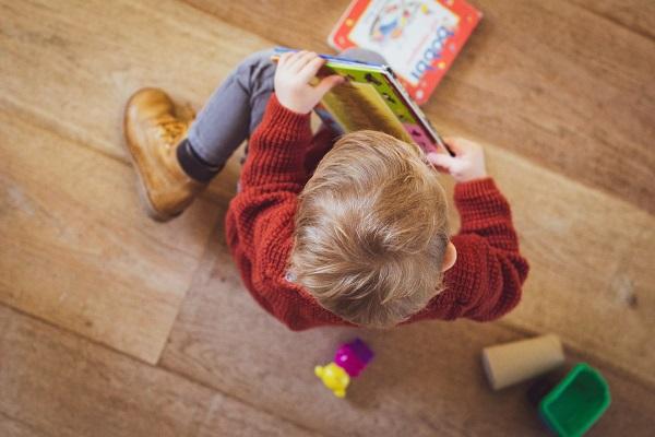 Low-Tech en bibliotecas: nuevas fórmulas para mantener la distancia social